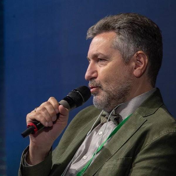 Константин Синюшин