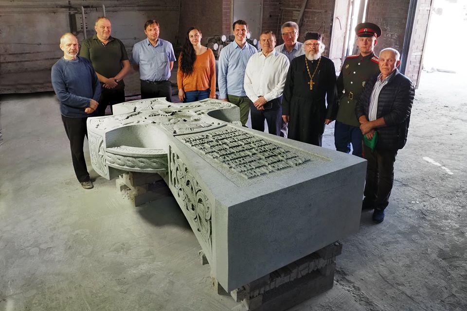 Памятный крест Ермаку, который планируют установить в Тобольске